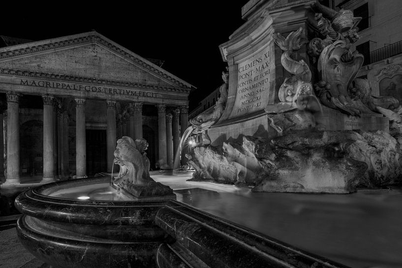 Piazza della Rotonda in Rome van Eus Driessen