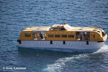 Reddingsboot van een Cruise Schip van Koos Koosman