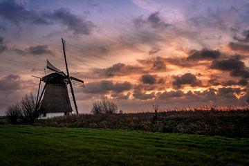 molen met zonsondergang von Rubin Versigny